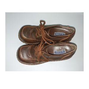Bakers Shoes - BAKERS 90's Chunky Oxford Heels Size 9 - AS IS